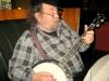 Barney McKenna auf Nicos Banjo
